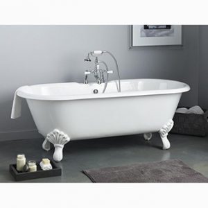 "Recor Freestanding Bathtub -Regal 61""-Shaughnessy Feet"
